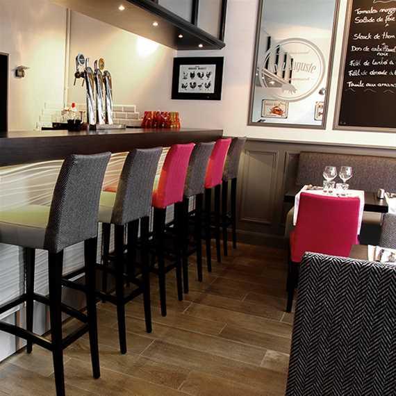 tabouret new tymie ligne vauzelle. Black Bedroom Furniture Sets. Home Design Ideas