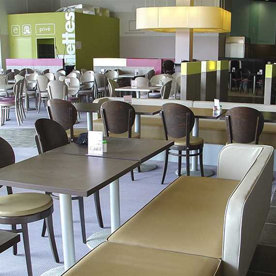 chaise romeo assise bois ou galette coussin ligne vauzelle. Black Bedroom Furniture Sets. Home Design Ideas